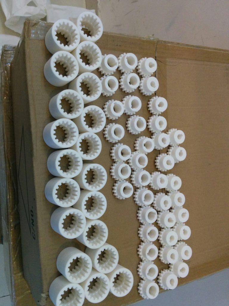 gia công tạo mẫu bánh răng cơ khí máy
