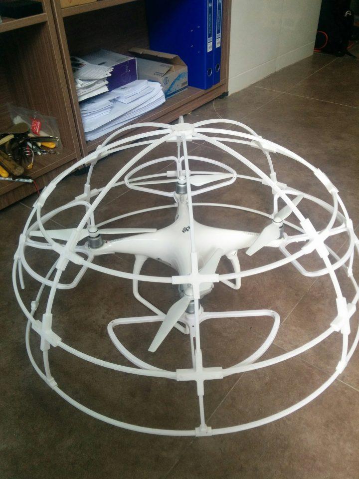 in 3D lồng phantom Drone. Cái lồng này dùng để định vị dàn đèn Led biểu diễn