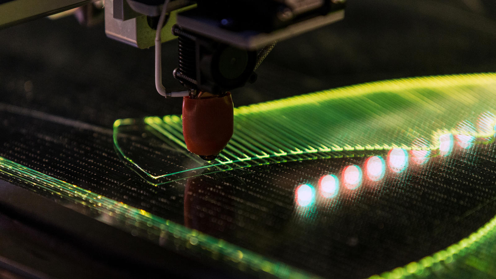 Nike áp dụng các công nghệ ''dệt 3D'' giúp chế tạo giày